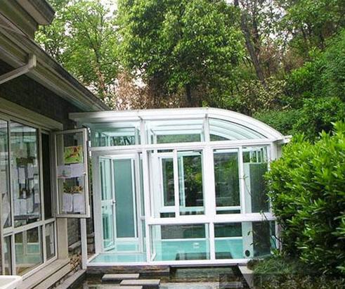 深圳玻璃屋阳光房安装